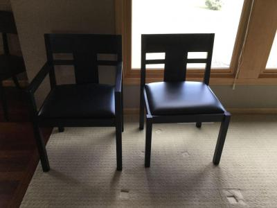 Dining chairs by Sibiu four straight two with arms