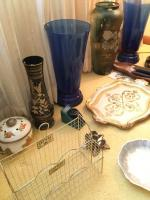 Assorted vases, oriental style lamp, date planner, platters, wooden salad bowl, clocks