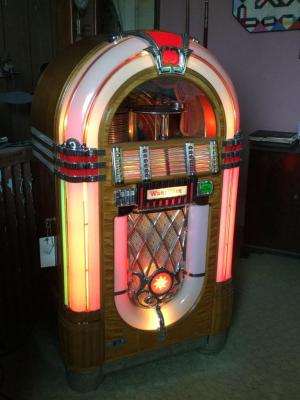 Wurlitzer Jukebox-working condition See description for add'l comments, See all photos