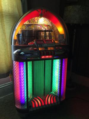 Wurlitzer Jukebox See description for add'l details, See all photos
