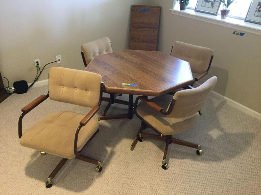Hiawatha Downsizing 19 0826 Ol, Rolling Dining Room Chairs
