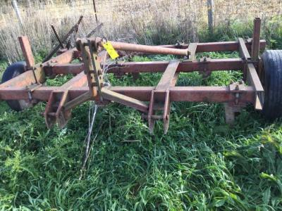 10' Bush Hog 3 pt hitch chisel plow