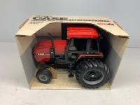 Ertl Case International 2394 Tractor with Cab 1/16 scale