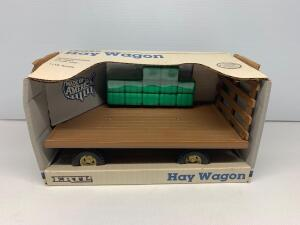 Ertl Haywagon 1/16 scale