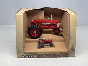 Ertl Tractors of the Past McCormick Farmall 350 1/16 scale