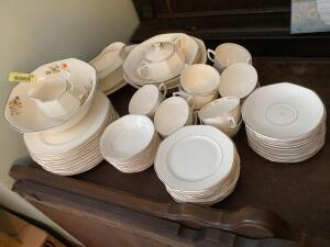 Homer Laughlin China-various pieces