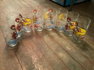 Six Ronald McDonald glasses Filet o Fish 1977