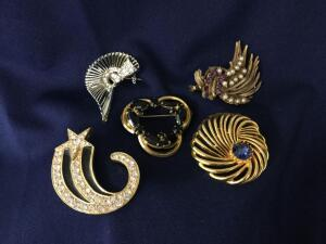 5 Rhinestone Brooches