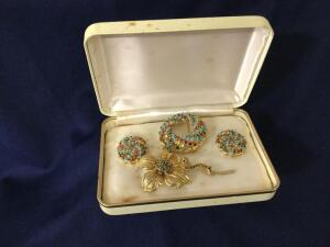 Set of Rhinestone pins and Clip Earrings Sarah Coventry