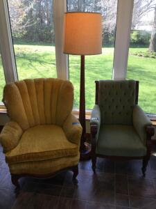Two vintage chairs and approx. 6' floor lamp. Green chair is on casters