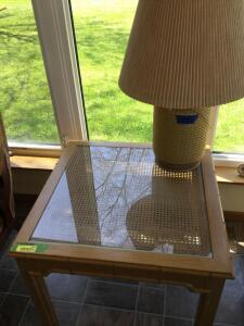 Glass top coffee table and table lamp. Table measures 30 x 30 x 22