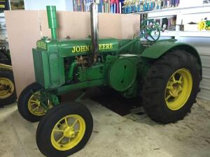 1929 John Deere Model GP, Ser#203431, new tires, new sheet metal, rebuilt carb, correct air cleaner/stack, pto w/ power lift, running condition