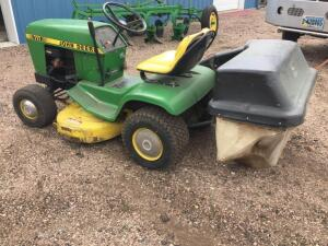 John Deere 111 riding mower 11 HP with bagger, extra mowing deck, running condition