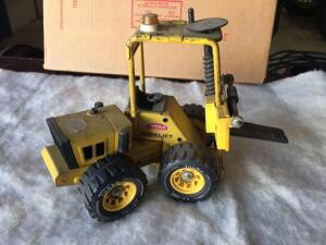 Tonka metal Forklift toy