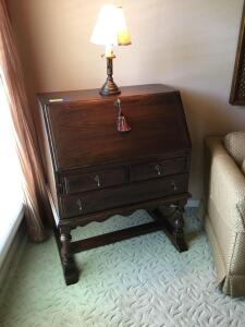 Drop front desk with three drawers and lamp. Desk does have the key and measures 32 x 21 x 41