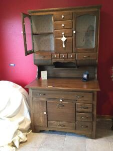 Hoosier cabinet Measures 42 x 23 x 72 and it?s two pieces for moving.я Don't let this beauty slip away!!