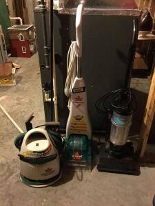 Bissell Little Green turbo brush dirt lifter machine, Bissell quick steamer, Bissell power force compact vacuum and electrostatic carpet sweeper. One of these ought to get your carpets clean!