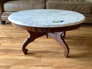Marble top coffee table Measures 34 x 22 x 17я Marble removes for moving
