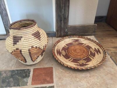 "Hand woven basket 9"", plate 12"""
