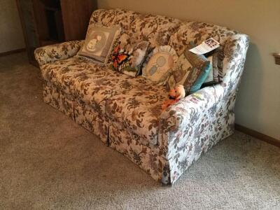 "Marshfield sofa 70"" long and throw pillows.  Still has tags on it"
