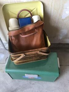 All travel picnic set with Tin Box with handle and thermos master cooler