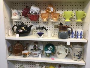 Quantity of cups and saucers including Fire King, Westmoreland milk glass, tea pots, collector plates