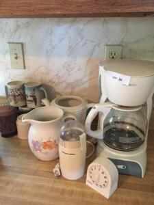 Mr. Coffee, Timer, Coffee Grinder, Pitchers, Coffee Mugs