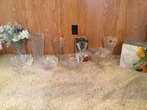 Ten pieces of crystal-vases and bowls