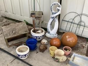 Garden lot-decor, shepherds hooks, bird feeders, umbrella base and hanging shelves