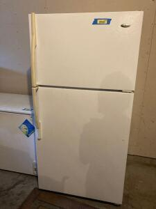 Amana fridge Model ATB2115HR Measures 32 x 28 x 67
