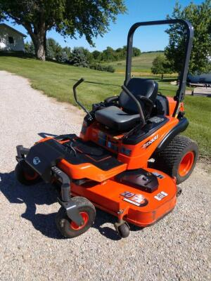 Kubota ZD331 commercial diesel zero turn mower