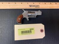 Stainless steel Five shot .22 long rifle derringer North American Arms Corp Serial C51543 - 2