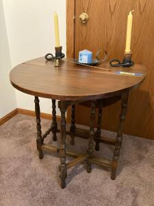 Gate leg drop leaf table and decor Table measures 25 x 12 x 27 Each leaf measures 12 1/2""