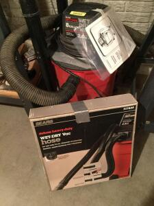 Craftsman 8 gallon wet/dry vac and add'l hose