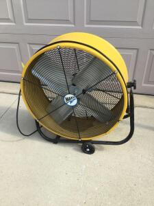 Maxx Air floor fan