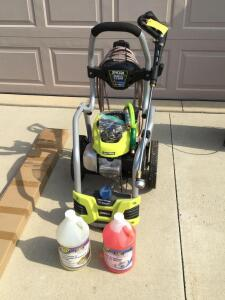 Ryobi 3100 PSI 2.5gpm 5 in 1 nozzle gas powered pressure washer, partial gallon jug of Zep driveway & concrete pressure wash concentrate and unopened