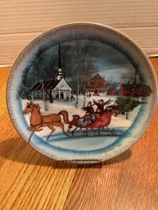 "P Buckley Moss Annual Art Plates series Signed/Dated ""Christmas Sleigh"" 1987 Fourth in the Series 4734/7500"