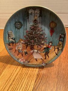 "P Buckley Moss Annual Art Plates series Signed/Dated ""Christmas Joy"" 1988 Fifth in the series 0923/7500"