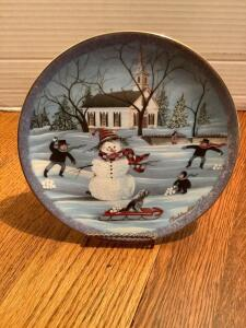 "P Buckley Moss Annual Art Plates series Signed/Dated ""The Snowman"" 1991 Eighth in the series No. 2054/7500"