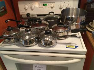 Saucepans of various sizes-RevereWare, Oneida, Wearever