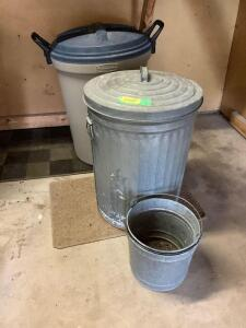 32 gallon Roughneck trash can w locking lid, galvanized can w lid and two galvanized pails