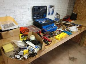 Contents of work bench