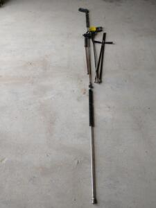 Two power wash trigger handles, 4 wands and 1 - 11 ft long and most all with SNAP coupling adapters on the end