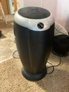 Pair of Filtropur air purifiers Model 10600-2