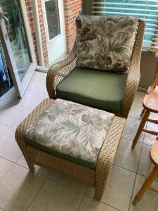 Plicker patio arm chair with footstool and reversible pads This one rocks!!!   **Matches pieces in Lots 9049-9052**