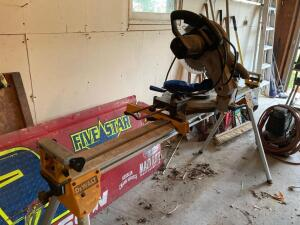 "Wilton 10"" compound miter saw w DeWalt miter saw stand"