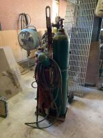 Oxyacetylene cutting torch unit with cart and hose - 2