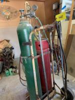 Oxyacetylene cutting torch unit with cart and hose - 3