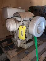 Tecumseh 10hp gas engine, turns free but don't know condition otherwise - 3