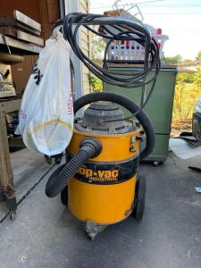 Wet/Dry Industrial Duty 10 gallon Shop Vac Model 462